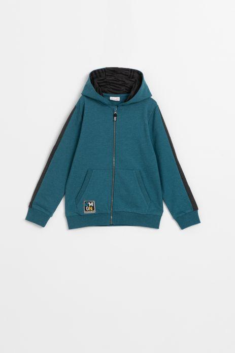 Sweatshirt with zipper and hood