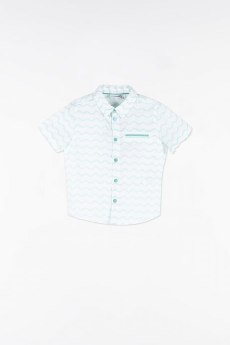 Shirt with short sleeves